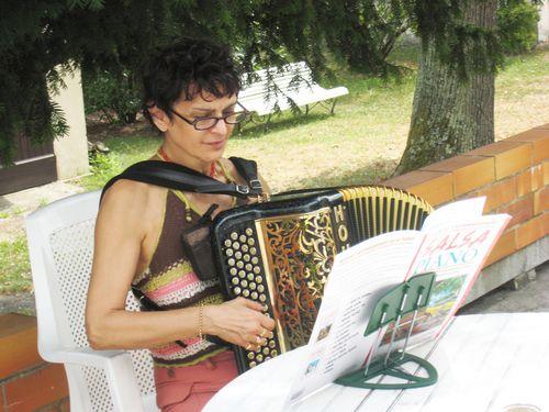 Laurence et l'accordéon3